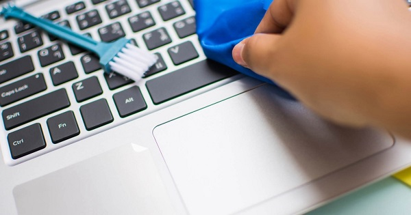 limpiar teclado ordenador portatil