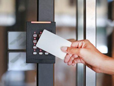 empresa instaladora control acceso torrevieja